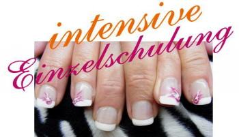 Beauty Akademie Tübingen Seminar Ausbildung Nageldesign